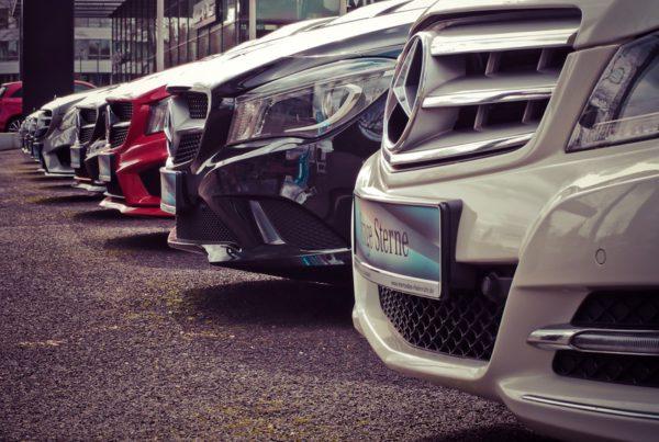 Hoger? Lager? Uw auto wordt enerzijds goedkoper, maar anderzijds toch ook weer duurder...